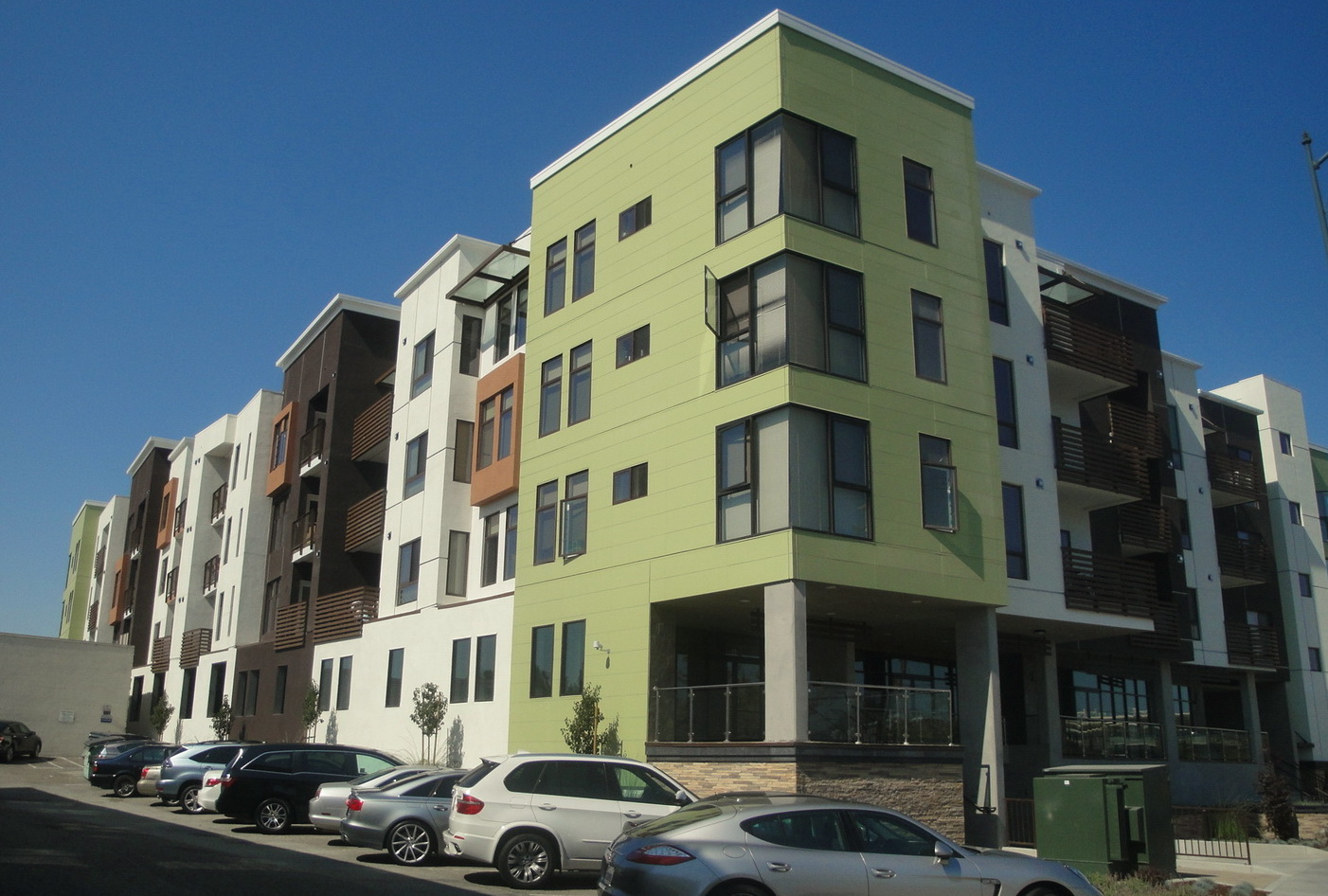RES_Milbrae_Mixed_Use_16