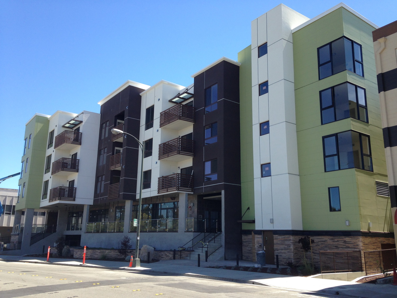 RES_Milbrae_Mixed_Use_4