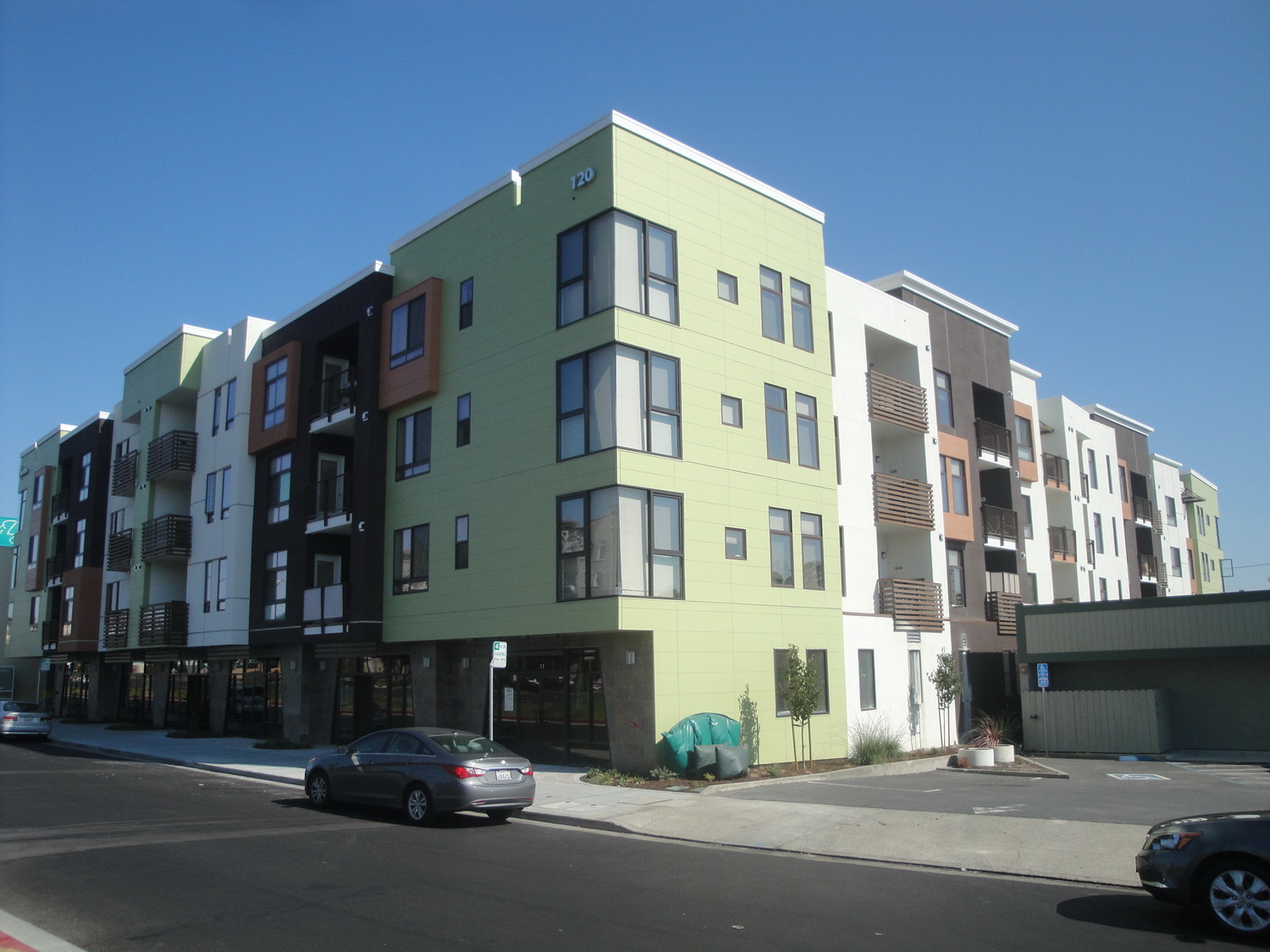 RES_Milbrae_Mixed_Use_9