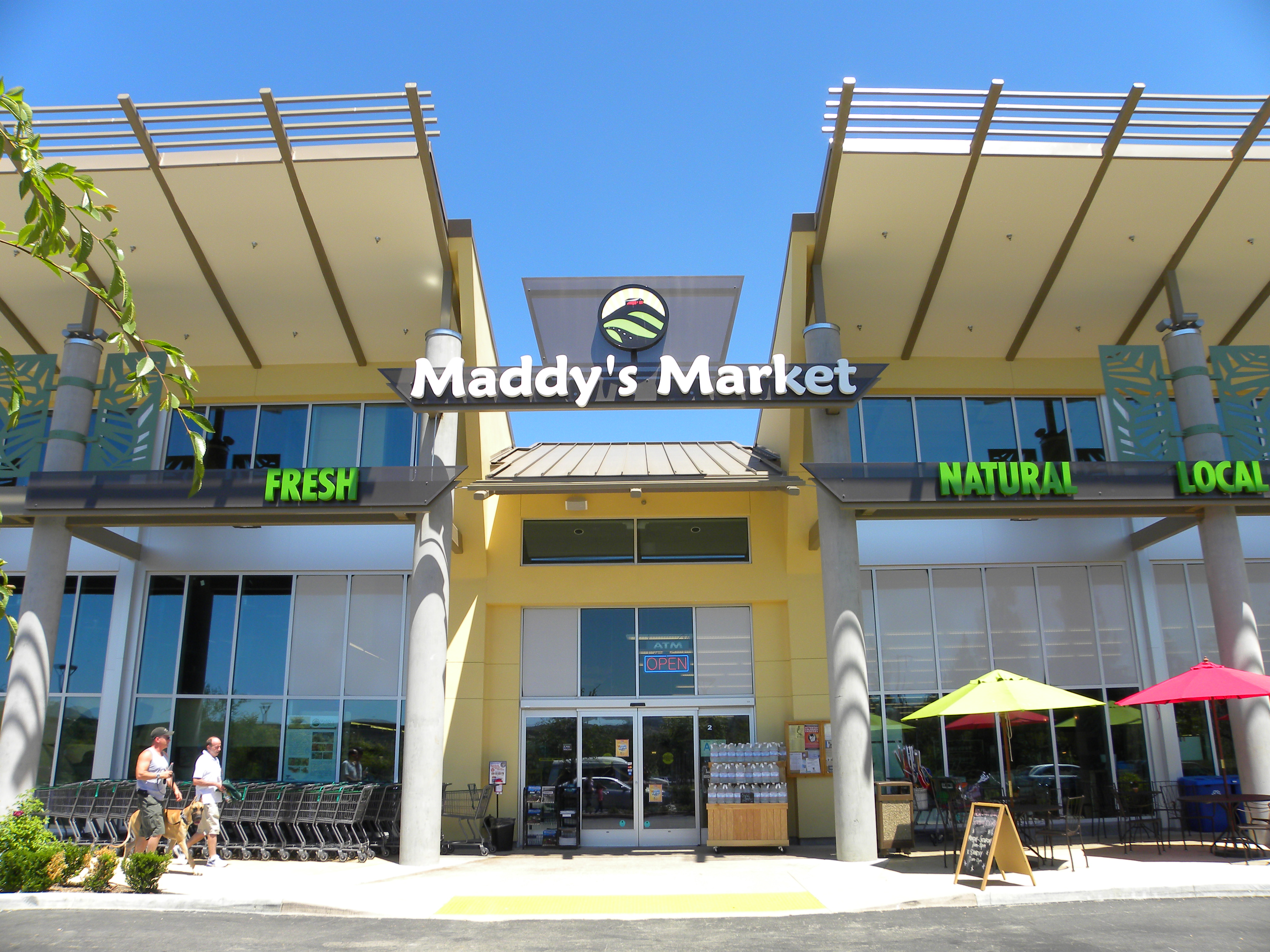 COMM_Maddy_Market_4